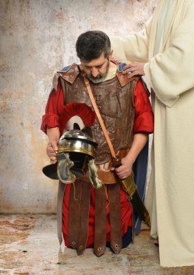 Centurion kneeling